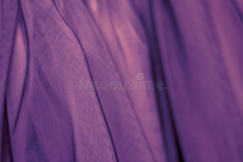 Pozafioletowy tkanina tiul Modny koloru abstrakta tło obrazy stock