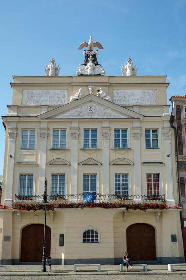 POZAN, POLAND/EUROPE - SEPTEMBER 16 : Palace Dzialynski in Poznan Poland on September 16, 2014. Unidentified woman. royalty free stock images