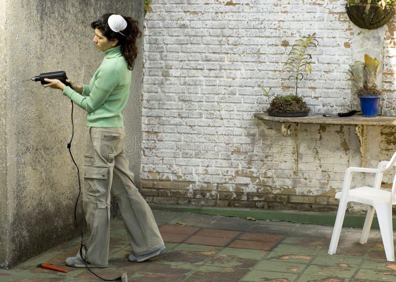 pozioma kobieta ścianki wiertnicza obrazy stock
