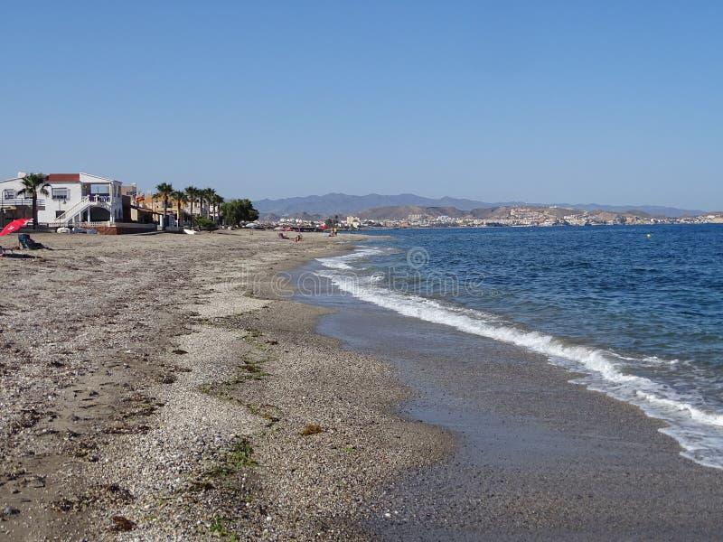 Pozo从库埃瓦斯德拉尔曼索拉阿尔梅里雅安大路西亚西班牙的de Esparto的海滩 库存图片