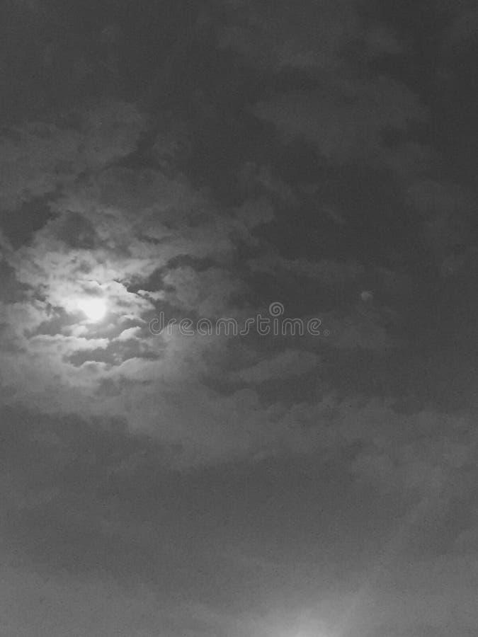 pozyskiwania ilustracyjny błyskawica nocne niebo obrazy royalty free
