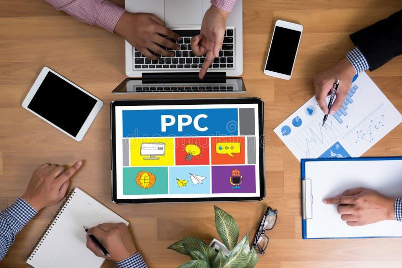 PPC - Wynagrodzenie Na stuknięcia pojęcie zdjęcia stock