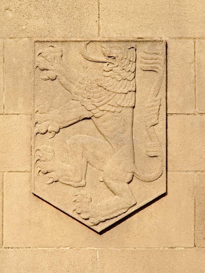 Prägeartiges Schild mit flämischem Löwe stockfotografie