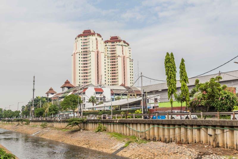 Prédio de apartamentos em Jakarta, Java Island, Indonésia fotos de stock royalty free
