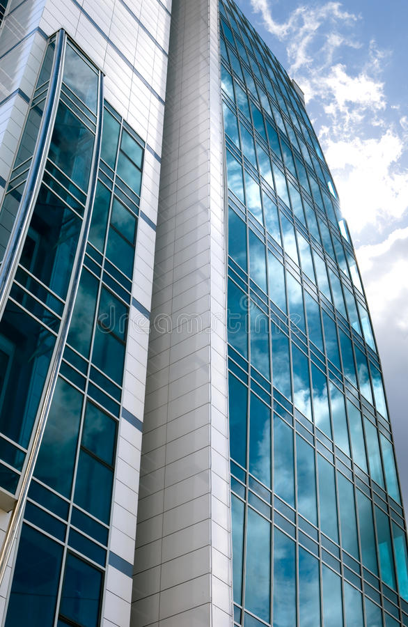 Download Prédio de escritórios foto de stock. Imagem de vidro - 10057422