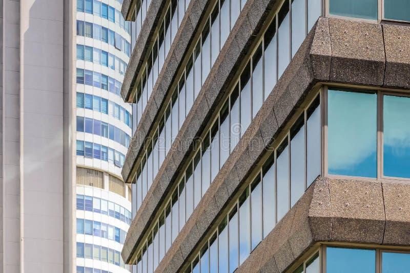 Prédio de escritórios em Istambul foto de stock