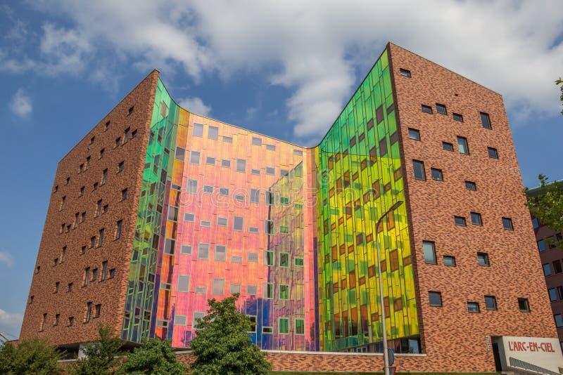 Prédio de escritórios moderno em Deventer foto de stock royalty free