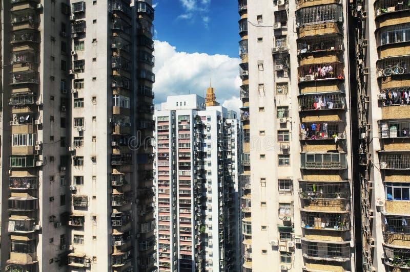 Prédios de apartamentos de Shenzhen China ensolarados imagem de stock
