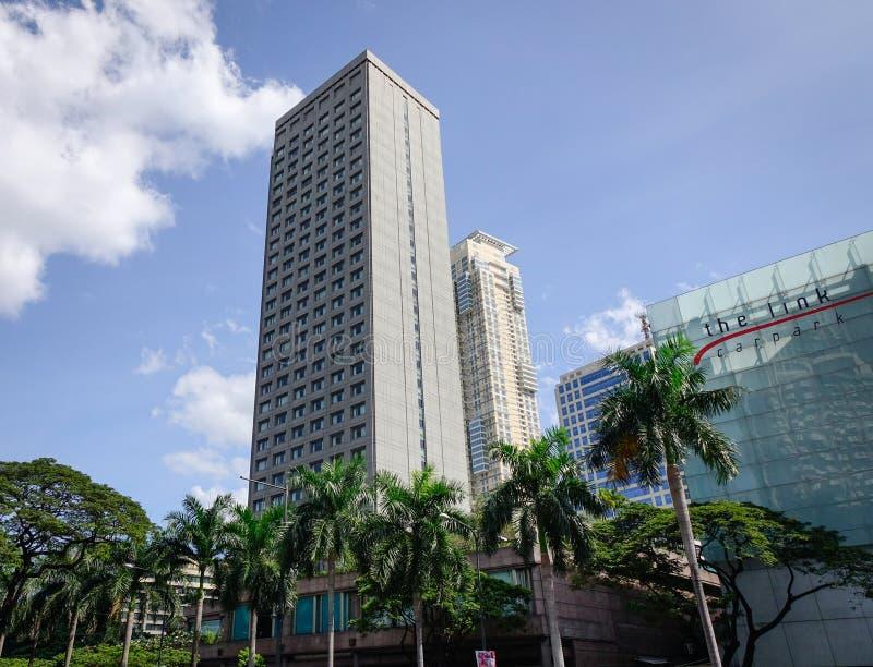 Prédios de escritórios no distrito de Makati em Manila, Filipinas foto de stock