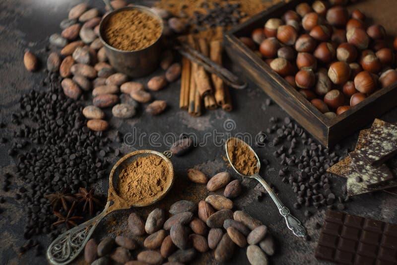 Préparation de cacao et d'écrou image stock
