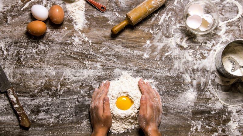 Préparation de la pâte photos libres de droits