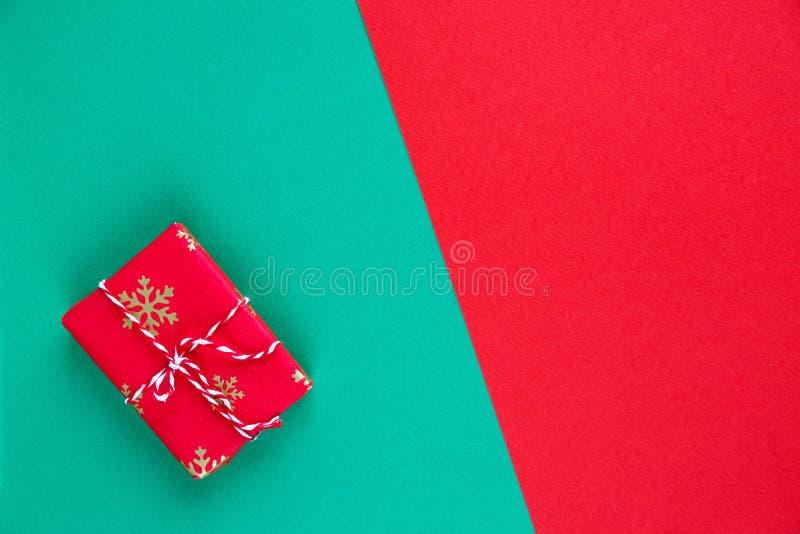 Préparation de nouvelle année ou de cadeaux de Noël configuration plate, vue supérieure, célébration de vacances de Noël, images libres de droits
