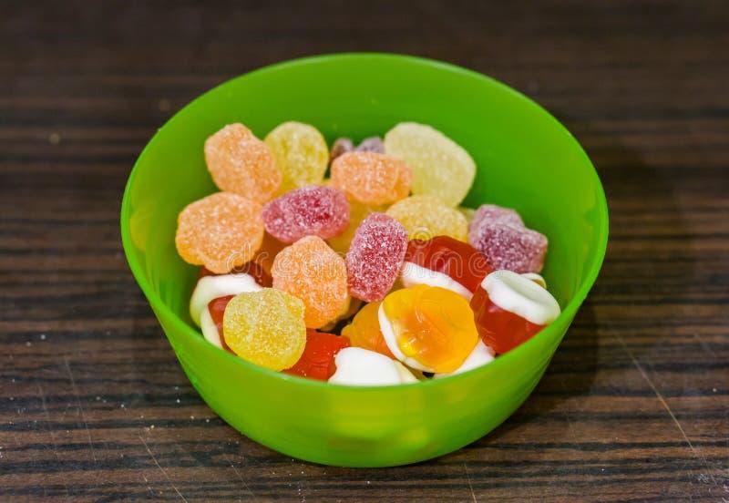 Préparation de sucrerie de fruit photo stock