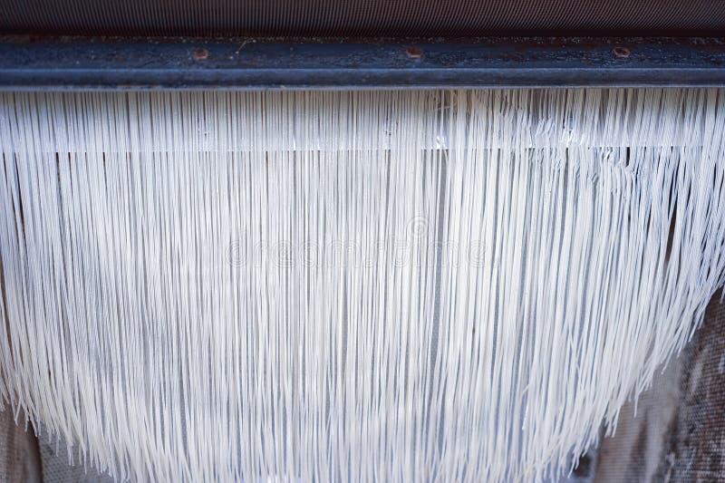 Préparation des nouilles faites maison dans Can Tho Vietnam photographie stock