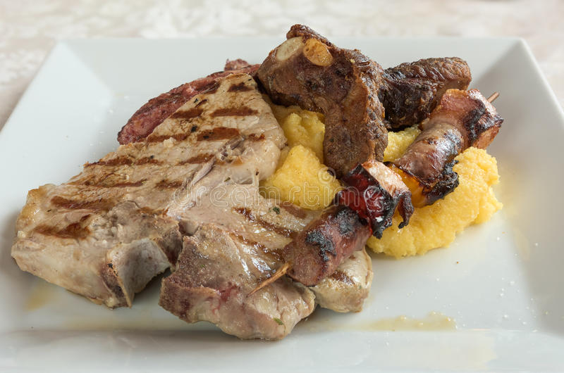 Préparation grillée de viande image libre de droits