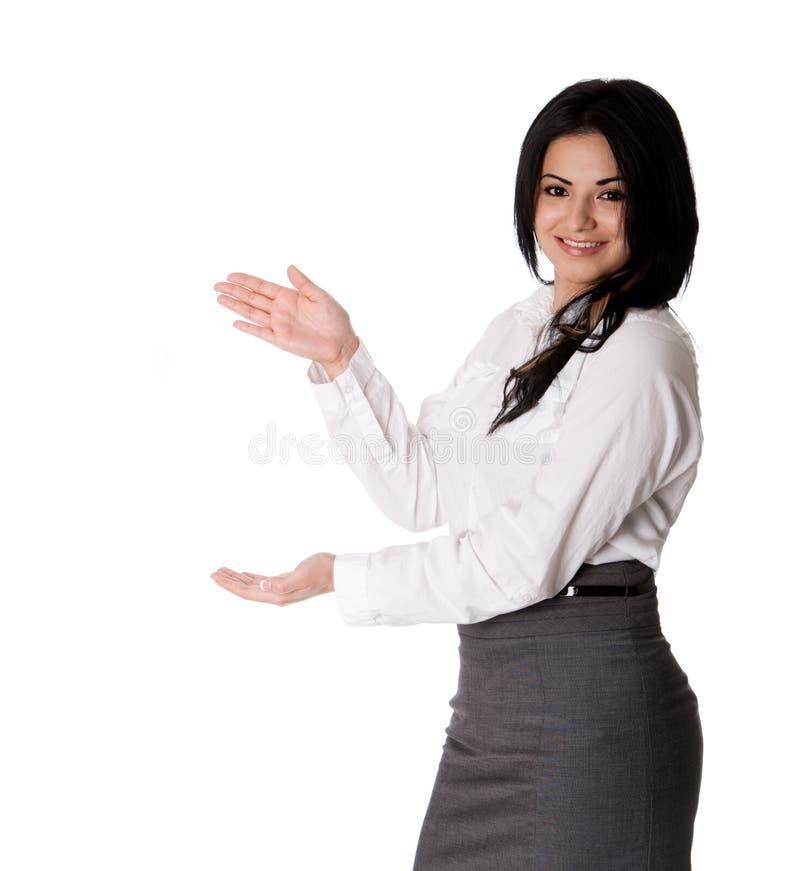 Présentation heureuse de femme d'affaires photos stock
