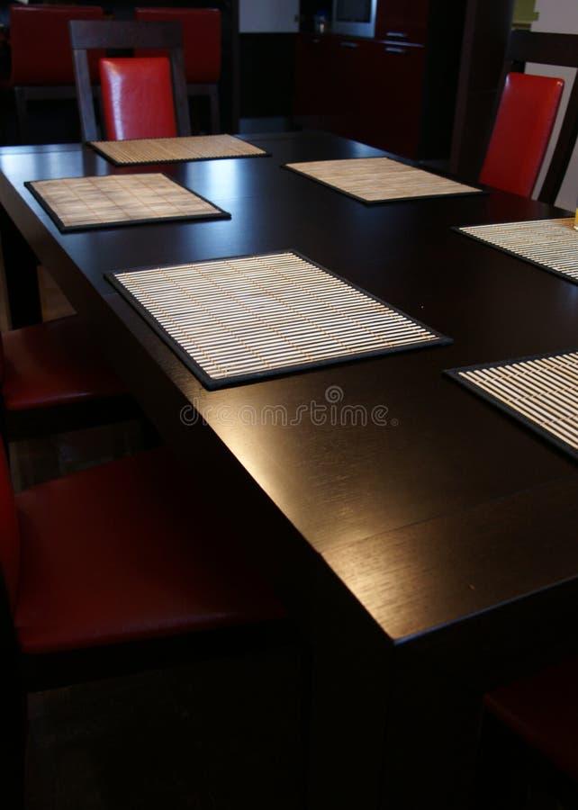 préside la table rouge images stock