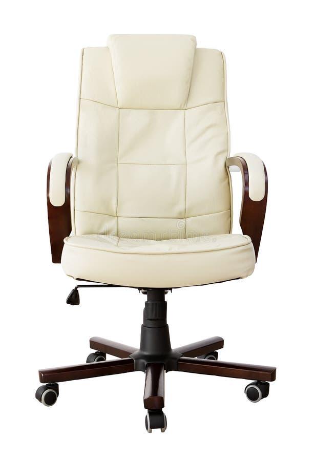 Présidence en cuir beige de bureau avec le chemin de découpage image stock