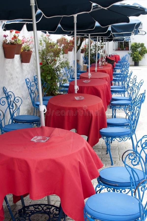 Présidences et Tableaux dans un restaurant extérieur images libres de droits