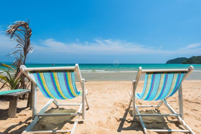 Présidez la plage pour la relaxation à la belle plage exotique photographie stock libre de droits