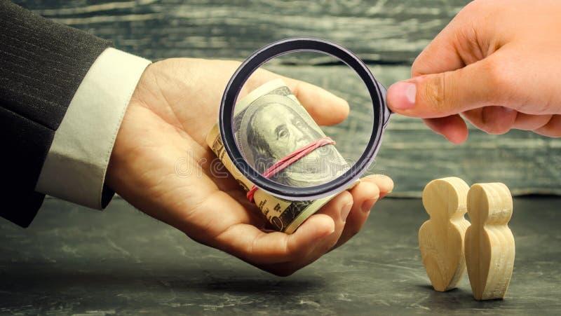 Prêt des affaires Prêt du consommateur Crédits pour l'éducation Paiement des pensions Fonds de pension  Paiements sociaux Soutene photos libres de droits