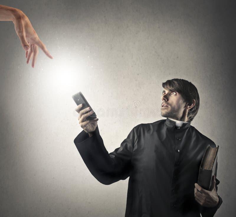 Prêtre effrayé photos libres de droits