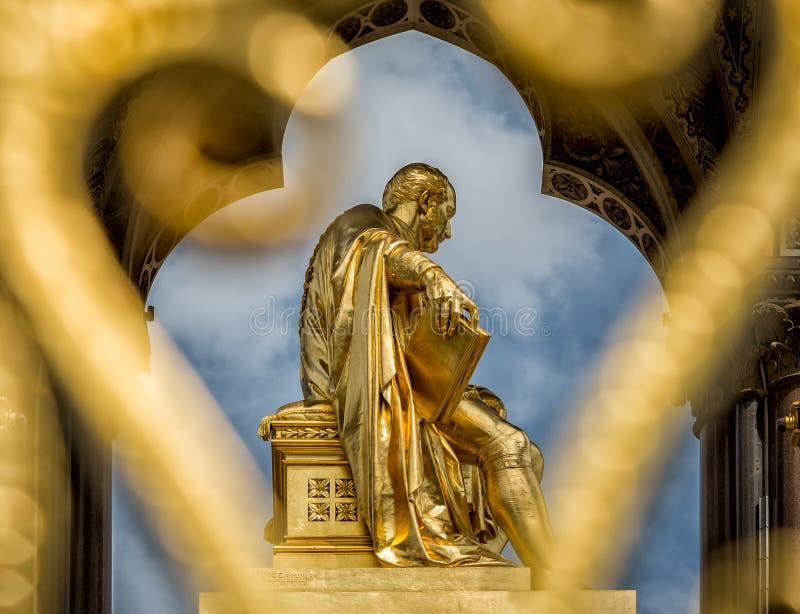 Príncipe Albert Memorial, Kensington, Londres imagem de stock