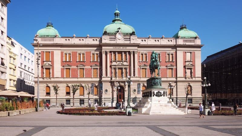 Príncipe Mihailo Equestrian Statue And National Museumin Belgrado, Sérvia foto de stock royalty free