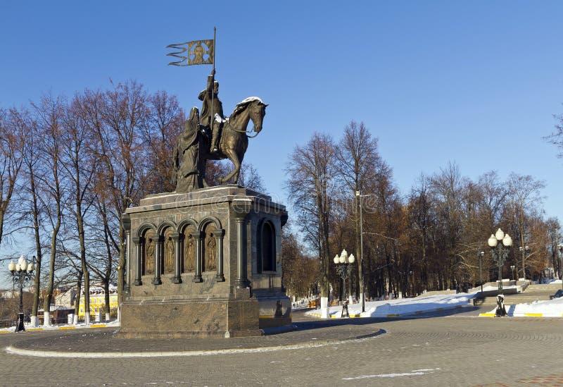 Príncipe Vladimir y St Theodor Monument, Vladimir, Rusia fotografía de archivo libre de regalías