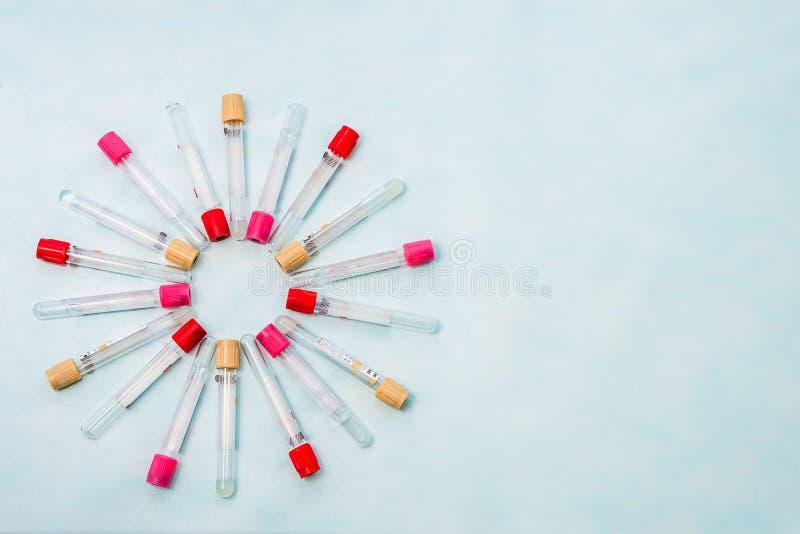 Próbne tubki dla laboranckiej diagnozy dla badań krwi, zdjęcia royalty free