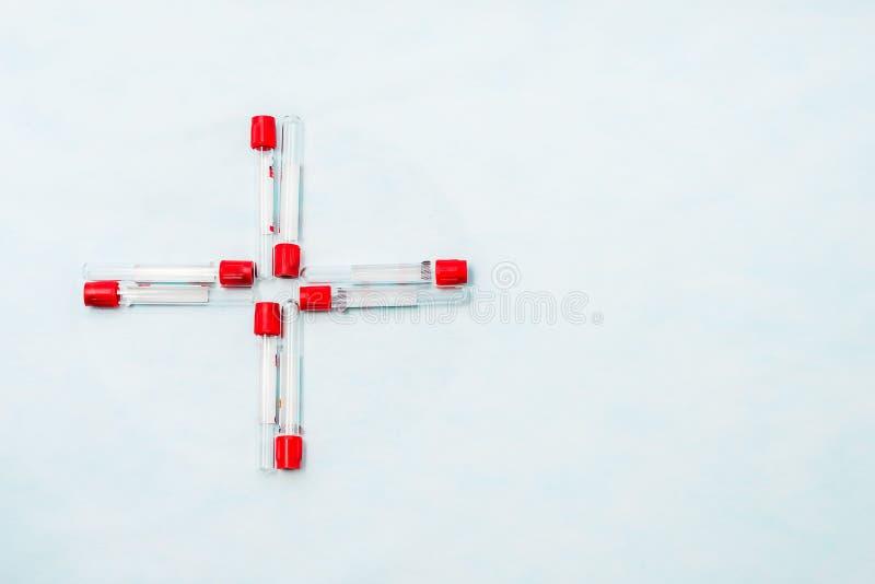 Próbne tubki dla laboranckiej diagnozy dla badań krwi, obrazy stock