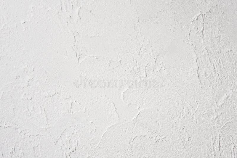 Prövkopia av dekorativ murbruk för lättnad på väggen, inre, utan målarfärg, inte färdig, vinden och högteknologisk stil royaltyfria bilder