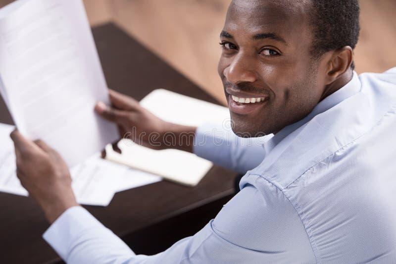 Prüfung der Dokumente. lizenzfreies stockfoto