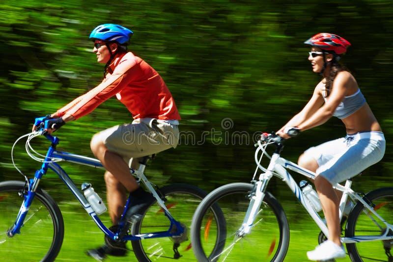Download Prędkość zdjęcie stock. Obraz złożonej z cyklista, plama - 28968220