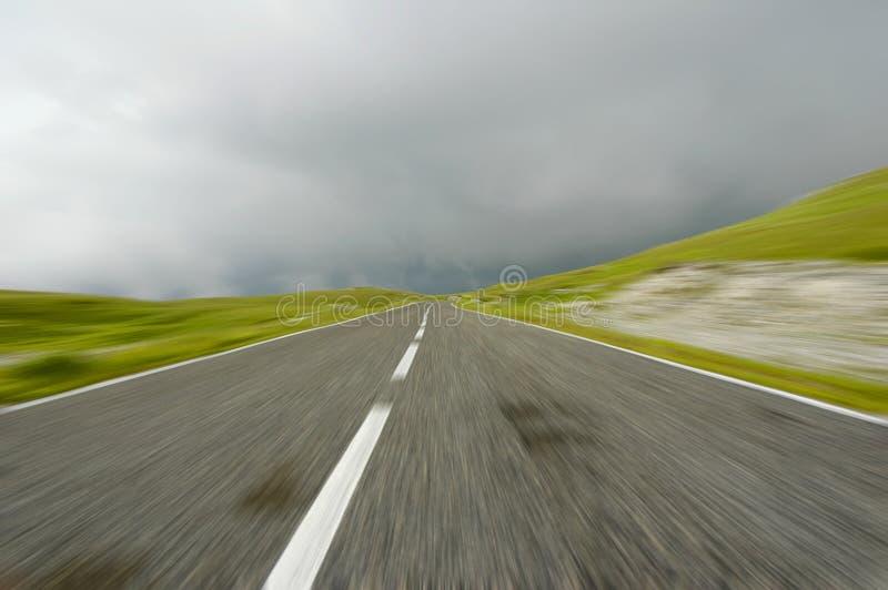 Download Prędkość. zdjęcie stock. Obraz złożonej z linia, cara, chmury - 35976