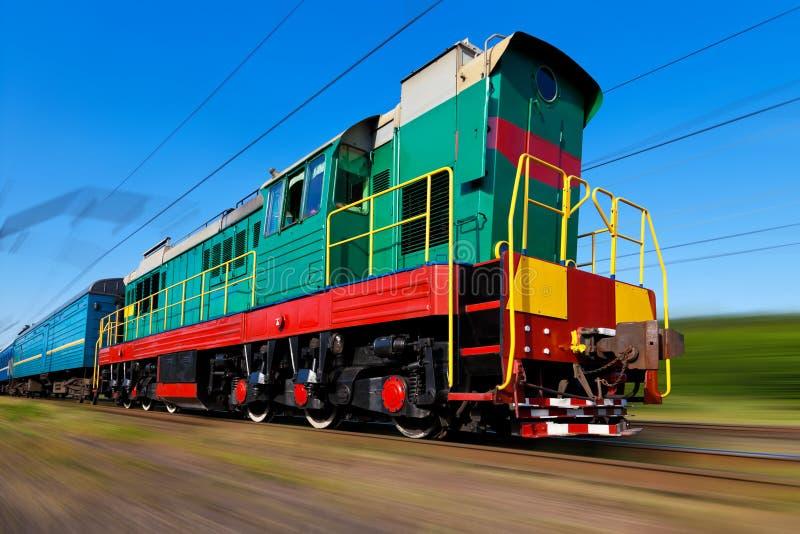prędkość dieslowski wysoki pociąg zdjęcie royalty free