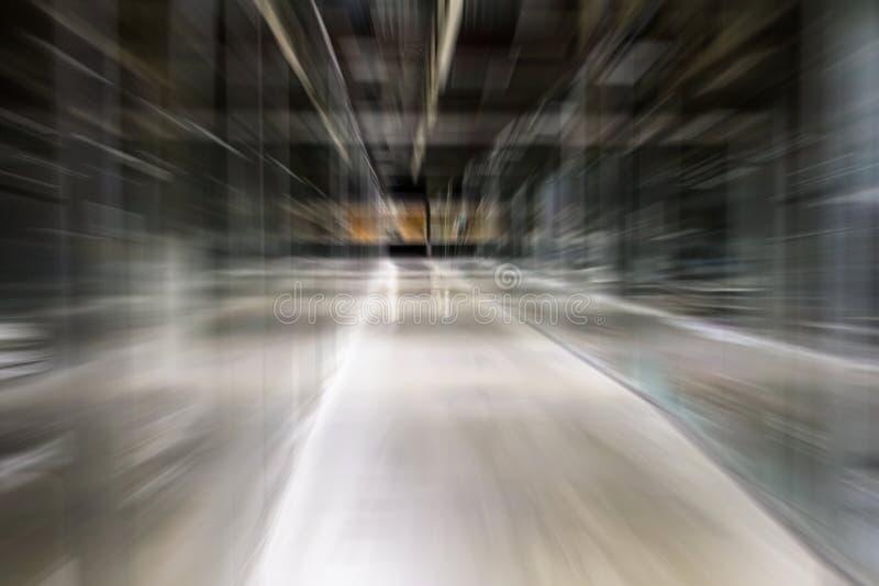 Prędkość ruchu korytarza linii zoomu bandwidth długi ruch drogowy Abstrakcjonistycznego tła plamy skutka przemysłowy korytarz prz obrazy stock