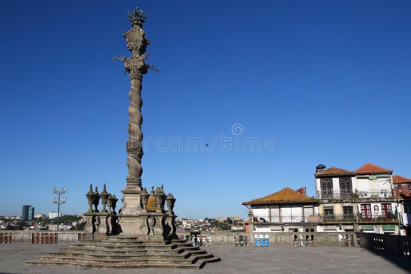 Pręgierz Porto w Se katedry kwadracie, Portugalia zdjęcie stock