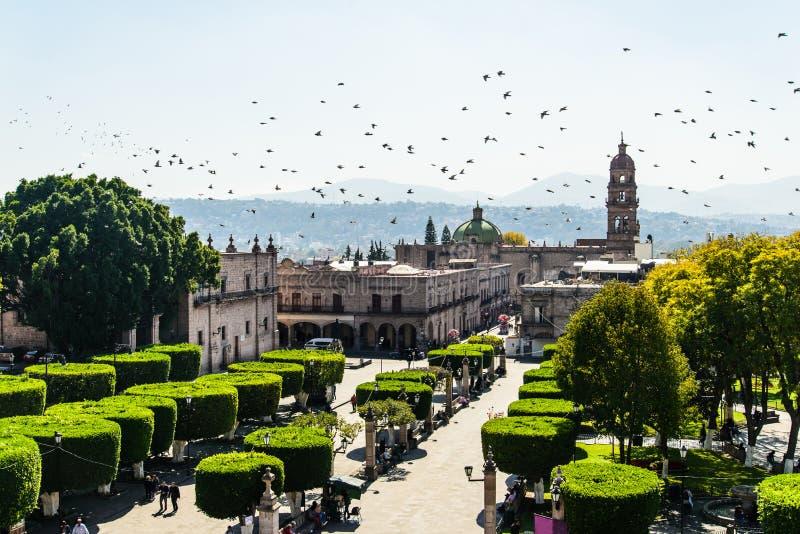 Praça da cidade de Morelia fotografia de stock royalty free