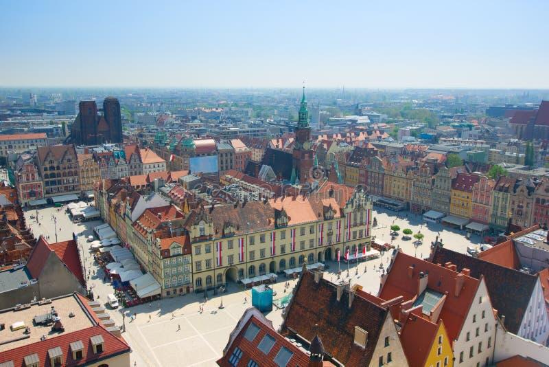 Praça da cidade velha com salão de cidade, Wroclaw, Poland imagens de stock royalty free