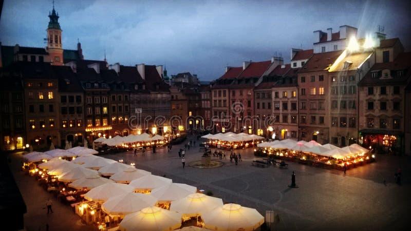 Praça da cidade velha de Varsóvia fotografia de stock