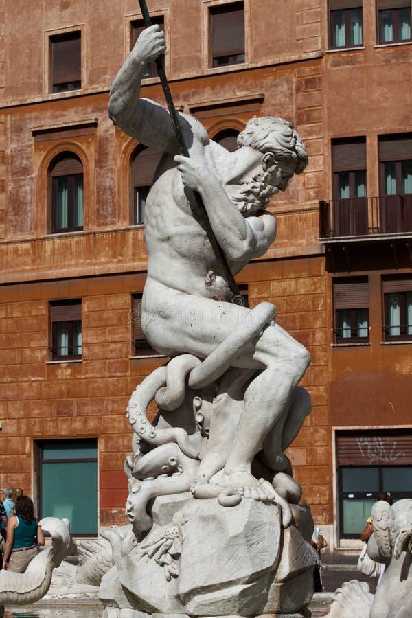 Praça Navona, fonte de Netuno em Roma imagem de stock