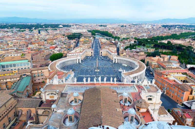 Praça San Pietro em Cidade Estado do Vaticano, Roma, Itália fotos de stock royalty free