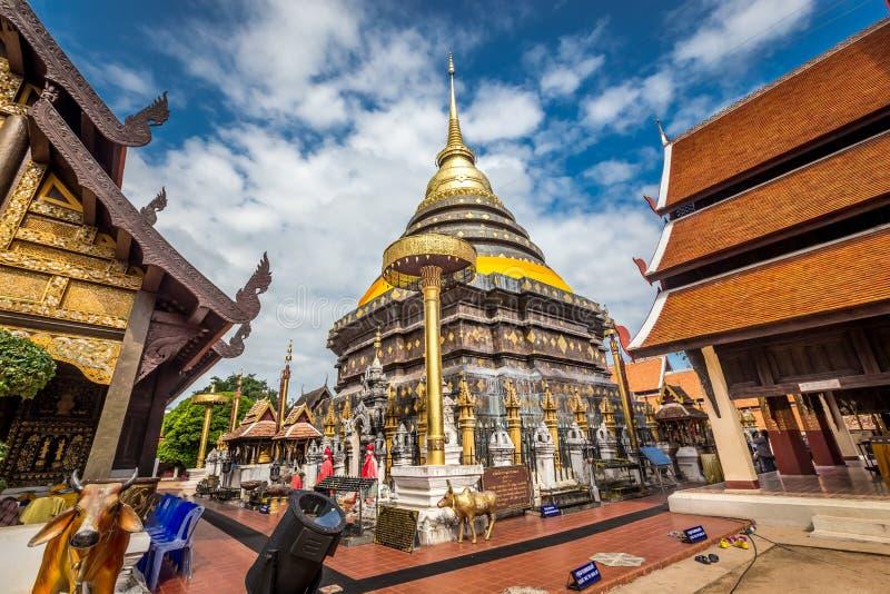 Pra die Lampang Luang, de beroemde oude boeddhistische tempel stock afbeeldingen