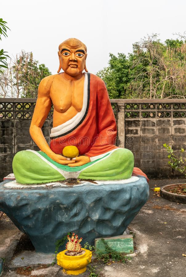 Pra Nab Kue Lo, szesnasty Saint, w klasztorze Wang Saen Suk, Bang Saen, Tajlandia obraz royalty free