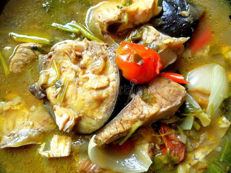 Pra picante de la sopa o de tom de los pescados yum Estilo tailandés del alimento imagen de archivo