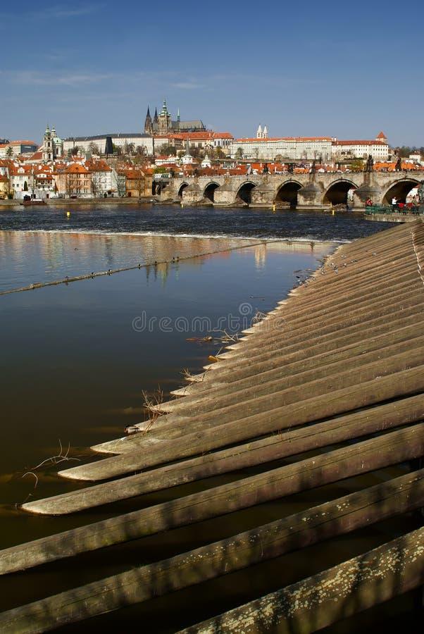 Praag en de rivier Vltava royalty-vrije stock foto