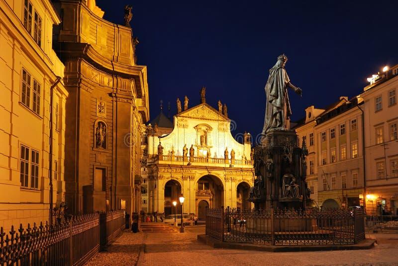 Praag, Oude Stad bij nacht stock fotografie