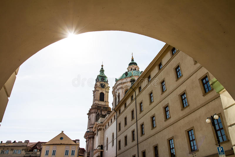 Praag, St Nicholas Bell Tower stock foto