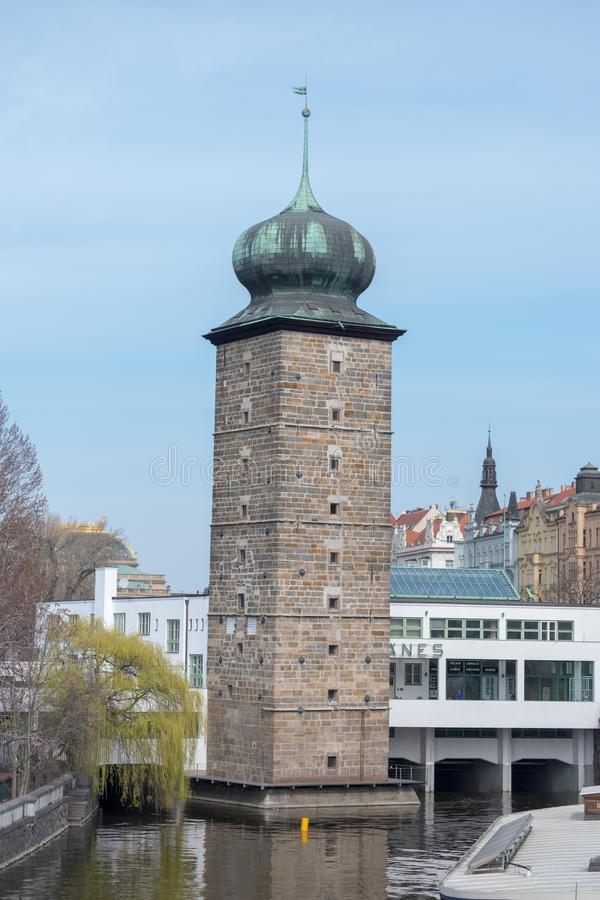 Praag/Tsjechische Republiek 04 02 2019: Architectuur op het Oude Stadsvierkant van Praag, Tsjechische Republiek Praag in het kapi stock foto's